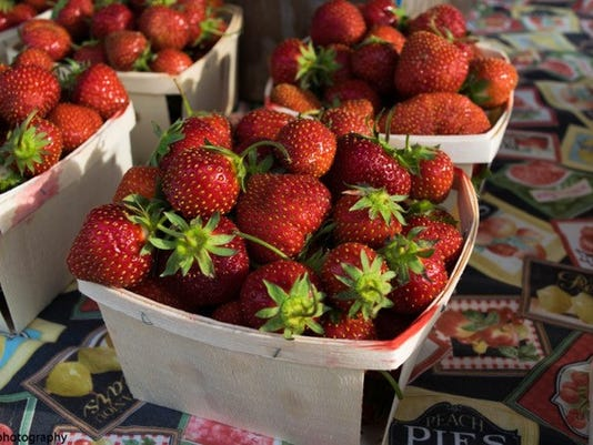 FRM fresh at the market 6-28.jpg