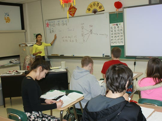 During review sessions, teacher Jesse Lin said learning how to draw numbers and how to pronounce them.