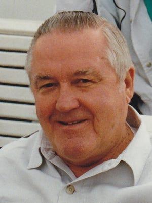 Lloyd Pelling