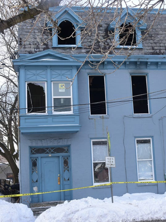 CPO-MWD-012516-apartment-fire