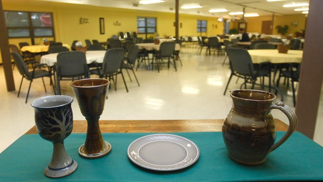 Brentwood Christian Church has a service called The Table, which is a low-key contemporary church service featuring music that welcomes people of all faiths and openly embraces people of any sexual orientation.