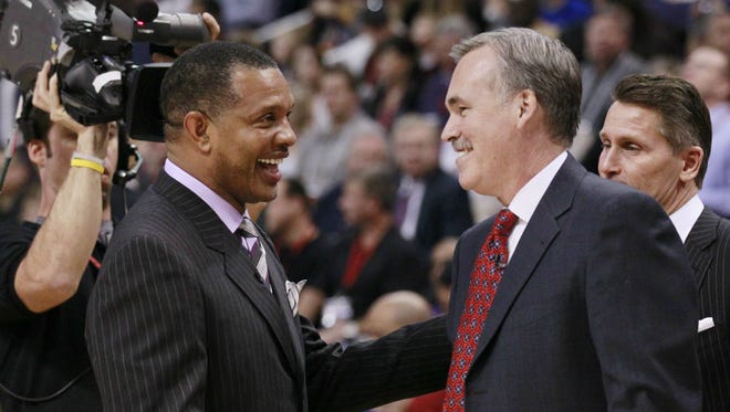 Alvin Gentry (left) and Mike D'Antoni are two of the three former Suns coaches serving as an NBA coach this season.