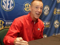 SEC Tournament: ESPN's Jimmy Dykes sings country music, and LSU faces hard questions