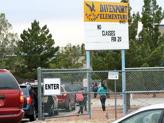 Parents line up to drop off their students at Davenport