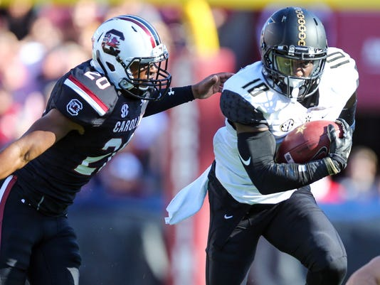 NCAA Football: Vanderbilt at South Carolina