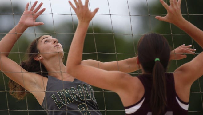 Lincoln senior Fitzpatrick signed a letter of intent Friday to play beach volleyball at FSU.