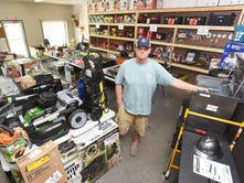 Wholesale liquidation store opens