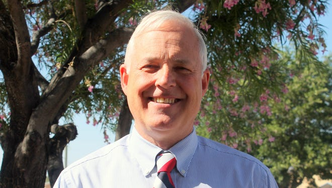 Ruidoso Attorney W. Chris Nedbalek is seeking the public's vote to be the new 12th Judicial District Judge for Division III. Primary elections are on June 7.