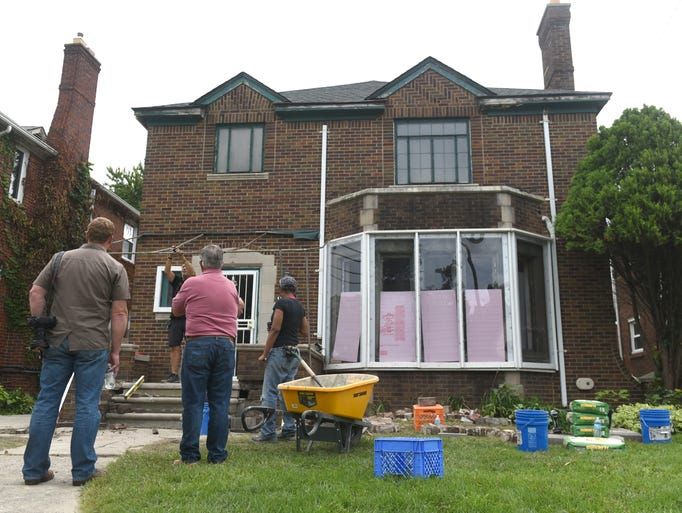 39 this old house 39 detroit for Buying an old house