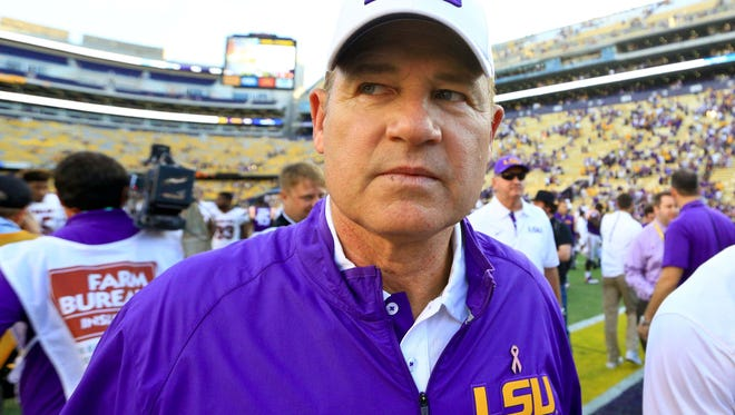 Oct 10, 2015; Baton Rouge, LA, USA; LSU Tigers head coach Les Miles leaves the field following a win against the South Carolina Gamecocks in a road game at Tiger Stadium. LSU defeated South Carolina 45-24. Mandatory Credit: Derick E. Hingle-USA TODAY Sports