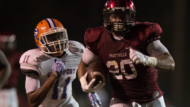 Prattville's Kingston Davis runs for a touchdown during the game on Friday, Sept. 4, 2015 in Prattville, Ala.