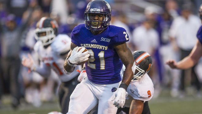 Detrez Newsome signed as a free agent with the Los Angeles Chargers on Saturday, April 28, 2018.
