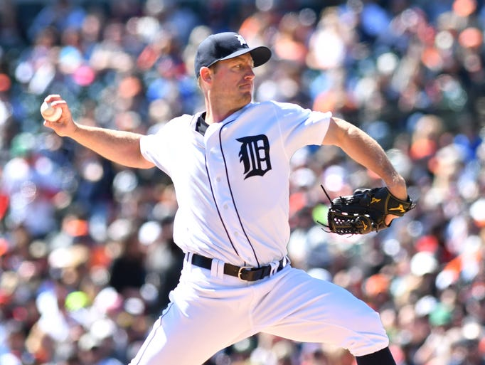 Tigers pitcher Jordan Zimmermann works in the first