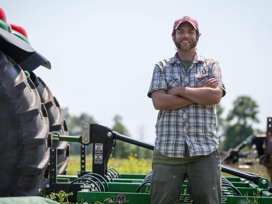 grassroots_duke_farm_manager03