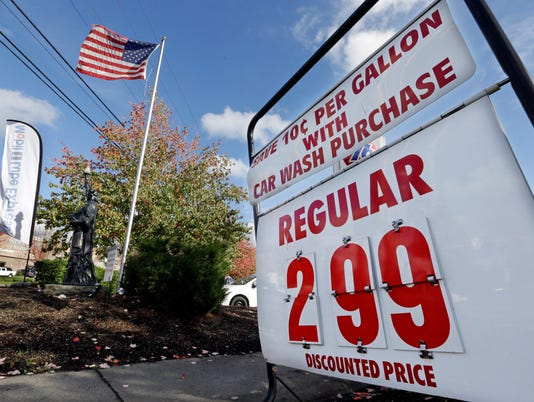 Falling gas prices fuel consumer spending