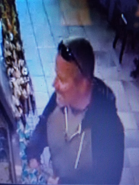 Man suspected in robbery