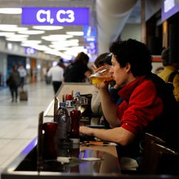 St. Louis airport could soon get booze-to-go policy