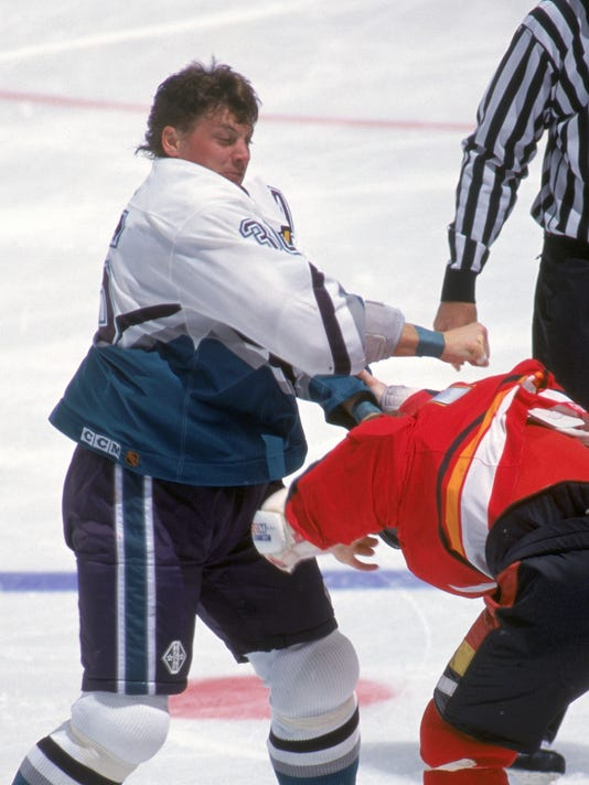 hockey fighting tips