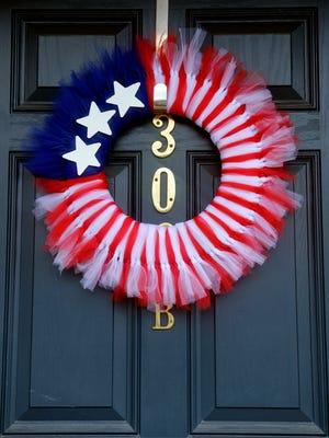 An American flag-themed wreath.