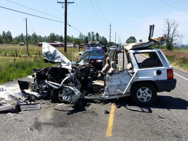 Albany woman seriously injured in Highway 20 crash