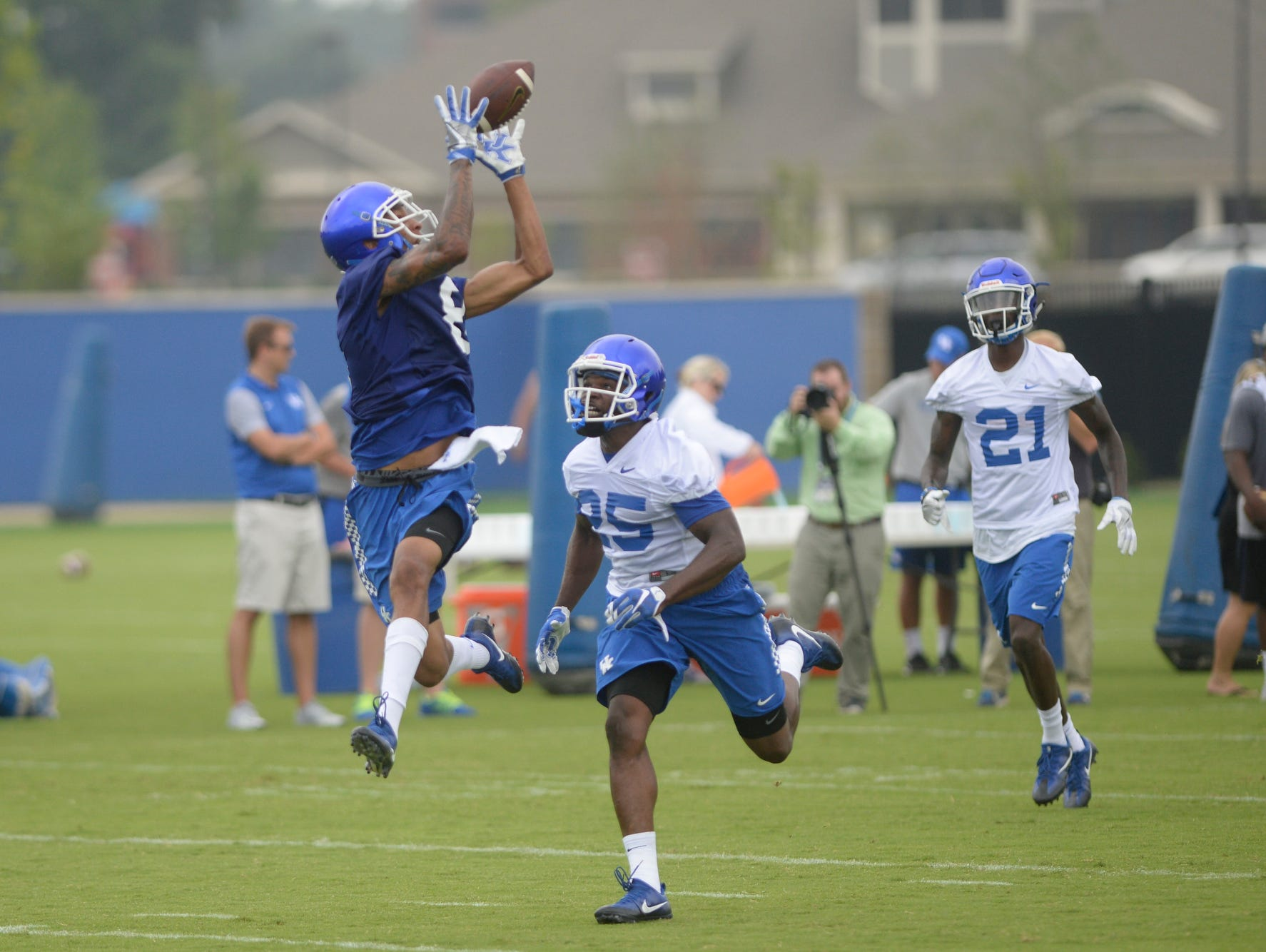 Wide receiver Jabari Greenwood makes a catch during the UK football fan day in Lexington, Ky., on Saturday, Aug. 6, 2016.
