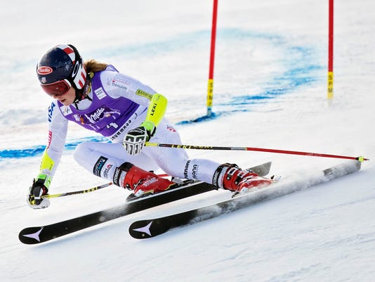 636149002255008661-skiing1117.jpg