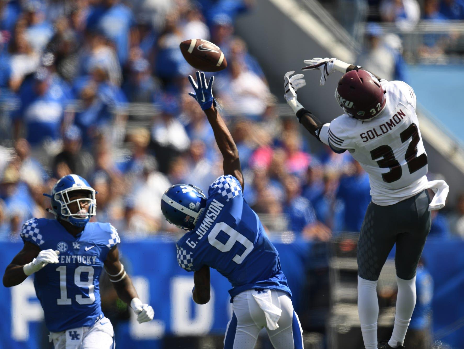 UK WR Garrett Johnson reaches for the ball during the University of Kentucky football game against Eastern Kentucky University in Lexington, KY on Saturday, September 9, 2017.