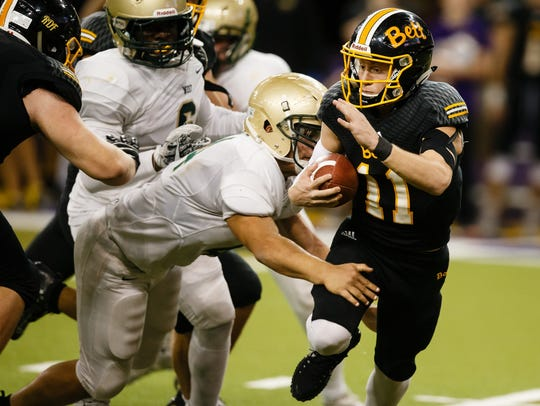 Bettendorf's Carter Bell (11) is a solid FCS prospect and one of the top football talents to watch this year.