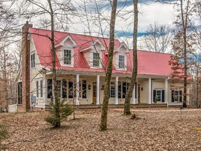 This home at 7136 New Hope Road in Fairview sold for