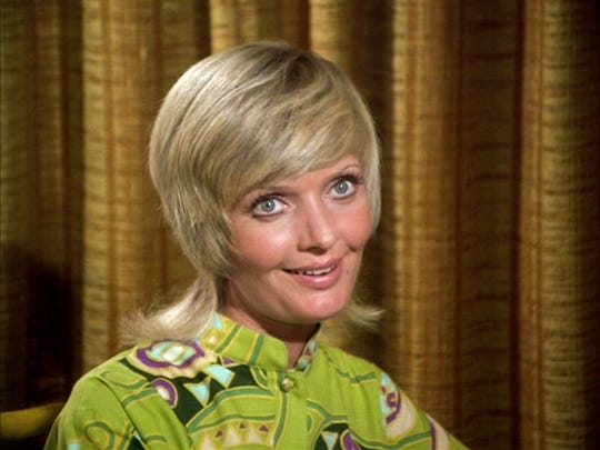 Perky Florence Henderson dispensed motherly counsel