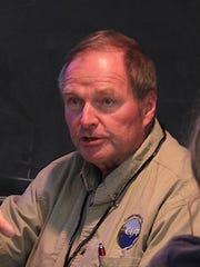 UW-Madison professor emeritus Scott Craven speaks to