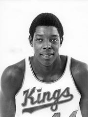 Sam Lacey's No. 44 jersey was retired by the Kings.