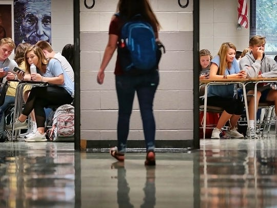 Houston High School students settle in at their first