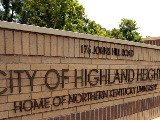Highland Heights sign