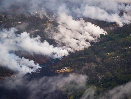 Continúan erupciones de volcán en Hawai