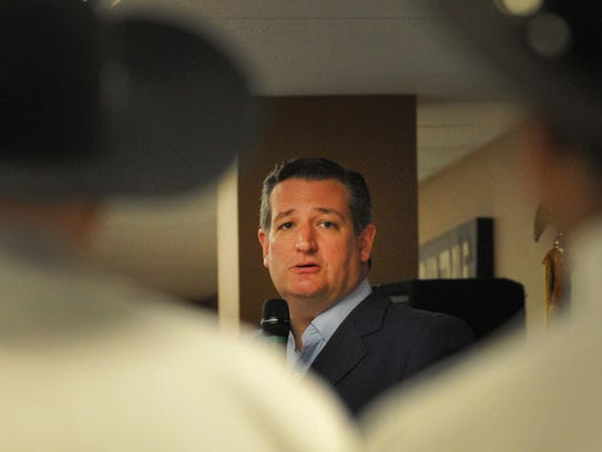American Senator Ted Cruz spoke in front of a crowd of