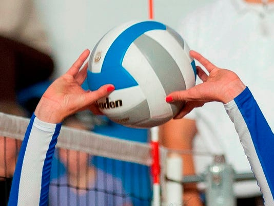 635513385248050120-volleyball2