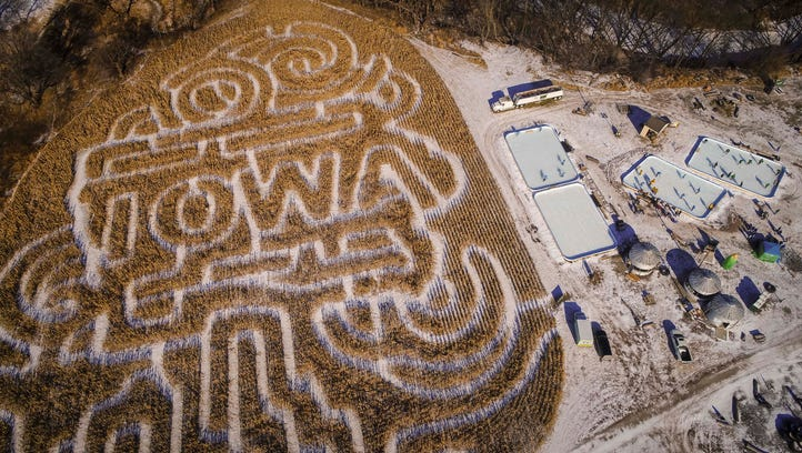Hockey in cornfield had Iowans smiling ear to ear