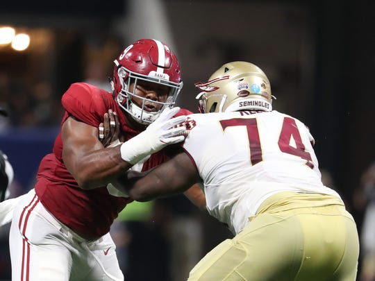 Alabama defensive lineman Da'Shawn Hand will be reunited with his former defensive line coach at Alabama, Bo Davis.
