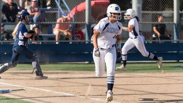 A chance at redemption: Redwood softball aiming for section glory
