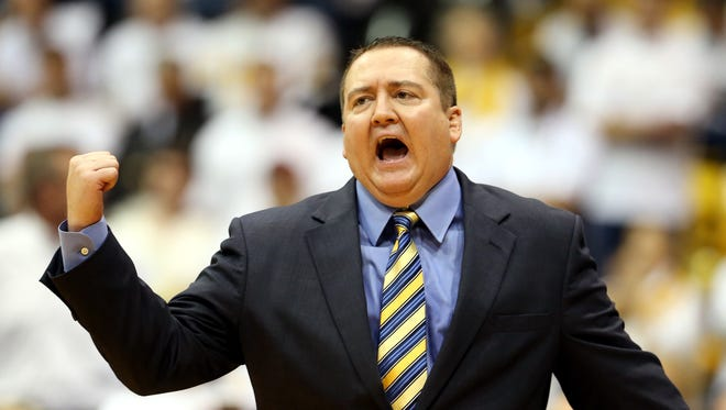 New Vols coach Donnie Tyndall got his first 2015 commitment on Sunday.