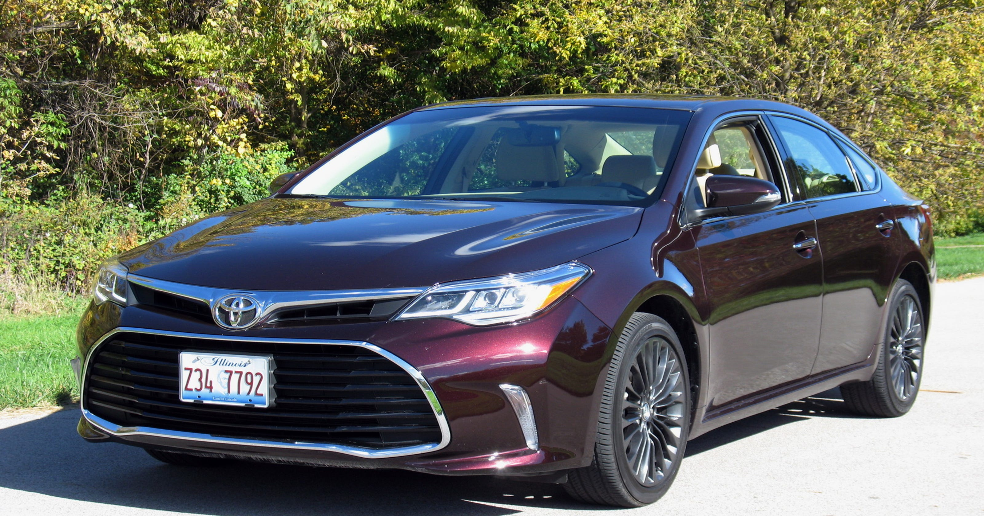 2017 Toyota Avalon Sedan Ups The Ante