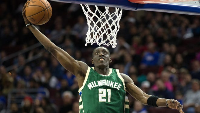 Tony Snell scored a season-high 21 points for the Bucks Monday night against the 76ers.