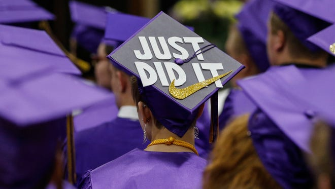 Two Rivers High School graduation ceremony Saturday, Jun. 10, 2017, in Two Rivers, Wis. Josh Clark/USA TODAY NETWORK-Wisconsin