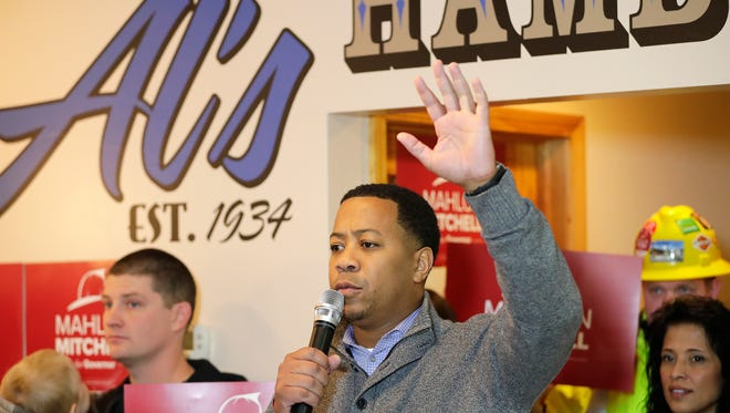 Mahlon Mitchell announces his candidacy for Wisconsin governor Monday morning at Al's Hamburger in Green Bay.