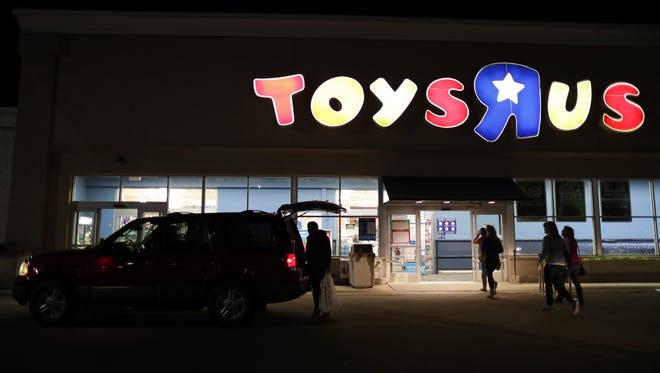 Toys R Us in Grand Chute closes May 14. It's one of a number of store closures in 2018.