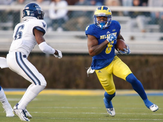 Delaware wide receiver Jamie Jarmon takes a pass upfield