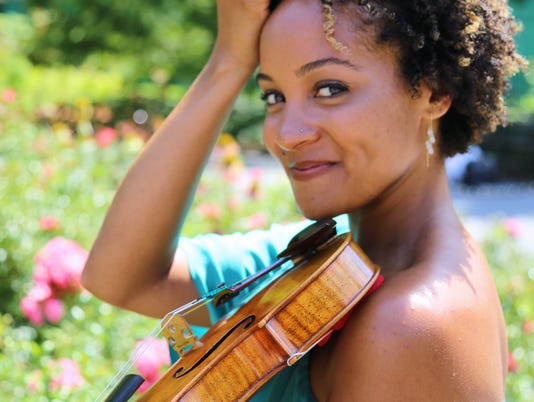 636215355383910336-LO-LYO-Gheens-Great-Expectations-Concert-Side-by-Side-Concert-Melissa-White-violinist.JPG