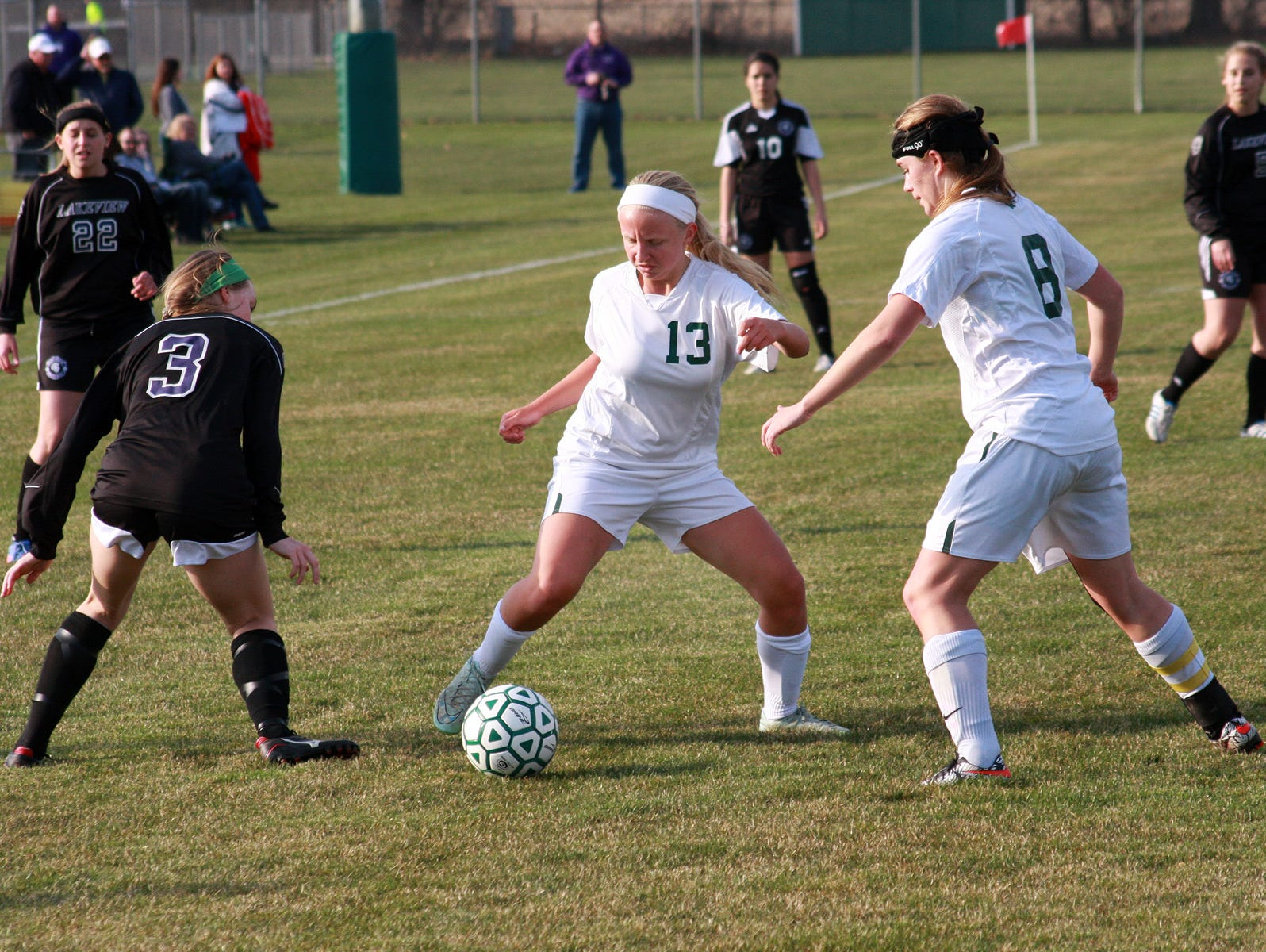 Pennfield's Naomi Davis takes possession of the ball during a match against Lakeview