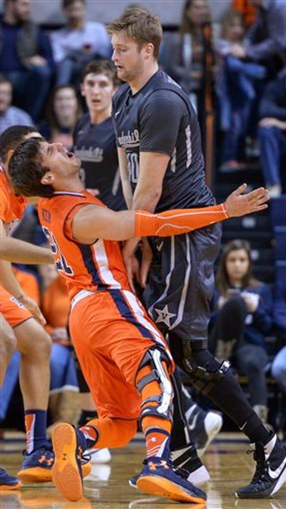 Vanderbilt center Josh Henderson (40) sets a pick on